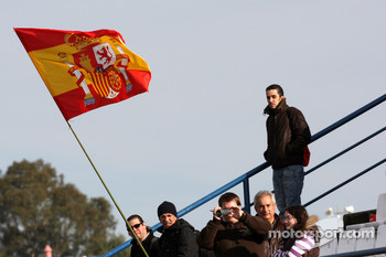 Spainish fans with a flag