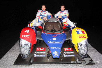Olivier Panis and Nicolas Lapierre with the ORECA-Matmut Peugeot 908 HDi FAP
