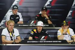 Heikki Kovalainen, Lotus F1 Team, Nico Hulkenberg, Williams F1 Team, Sebastian Vettel, Red Bull Racing, Lucas di Grassi, Virgin Racing, Robert Kubica, Renault F1 Team
