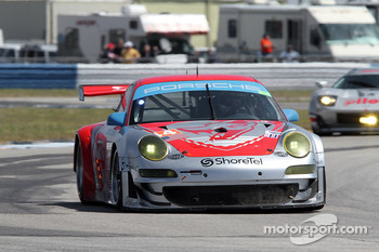 #44 Flying Lizard Motorsports Porsche 911 GT3 RSR: Darren Law, Seth Neiman, Richard Lietz