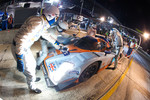 Pit stop for #007 Aston Martin Racing Lola B09 60 Aston Martin: Stefan Mcke, Harold Primat, Adrian Fernandez