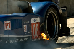 Brake fire on the Team Peugeot Total Peugeot 908 HDI FAP