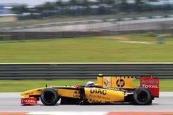 Vitaly Petrov, Renault