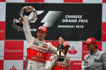Podium: race winner Jenson Button, McLaren Mercedes