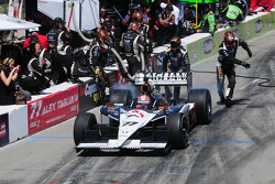 Alex Tagliani, FAZZT Racing makes a pitstop