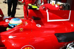 Fernando Alonso, Scuderia Ferrari with the new design on the engine cover