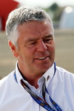 Derek Warwick new President of the BRDC
