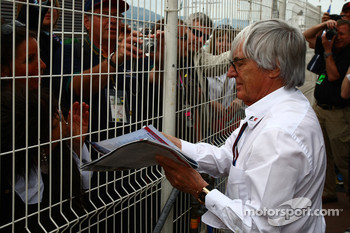 No take over says Ecclestone
