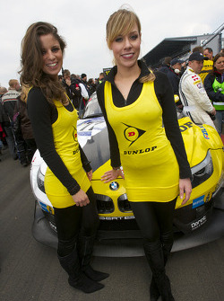 The charming Dunlop girls