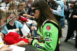 Danica Patrick, Andretti Autosport signs autographs