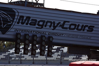 Magny-Cours start finish line