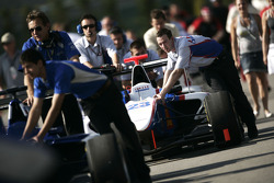 The car of Pal Varhaug is pushed to the grid