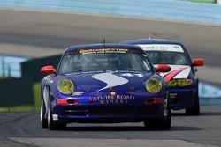 #41 TRG Porsche 997: Spencer Pumpelly, Steven Bertheau