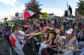 Tom Kristensen with his numerous fans
