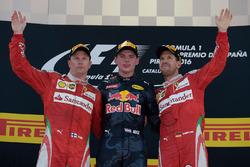 Подіум: переможець Макс Ферстаппен, Red Bull Racing, другий Кімі Райкконен, Scuderia Ferrari, третій Себастьян Феттель, Scuderia Ferrari