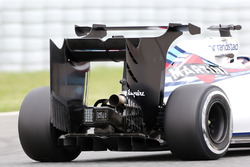 Williams F1 Team, rear wing