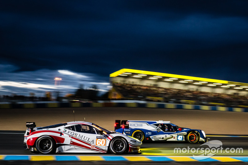#47 KCMG, Oreca 05 Nissan; #60 Formula Racing, Ferrari 458 Italia