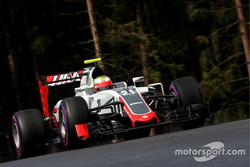11: Естебан Гутьеррес, Haas F1 Team VF-16