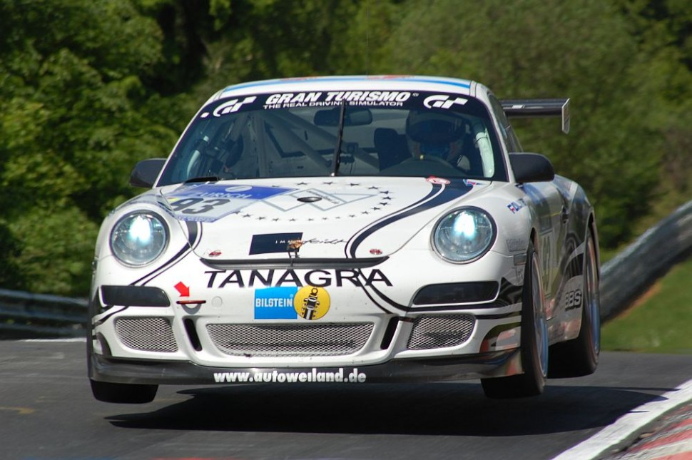 Porsche jumping at Pflanzgarten, 24H Nrburgring 2009