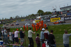 Race 2: Green flag lap