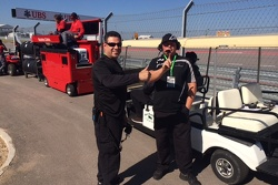 Dave Cortes & Bill Barrett give thumbs up prior to race #1