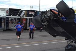 Charlie Kimball crash damage