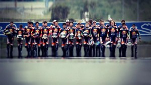 Red Bull MotoGP Rookies Cup 2012: Summary Clip Jerez