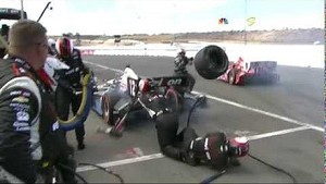 Scott Dixon takes out pit crew members at Sonoma