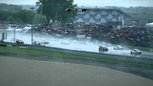 A win for Loeb despite the Slovakian downpour - Citroën WTCC 2014