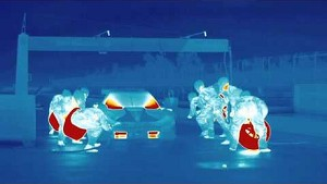 Thermal images of a BMW M4 DTM pit stop - BMW Motorsport.