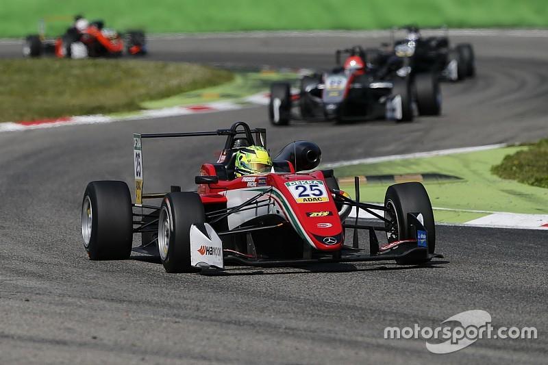 Schumacher tak menyangka bisa raih podium F3 lebih awal