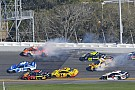 NASCAR Cup Daytona 500: Wreck ends Stage 1 with Kurt Busch out front