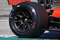 Kedden már a slickek is előkerültek a Ferrari 2022-es gumitesztjén