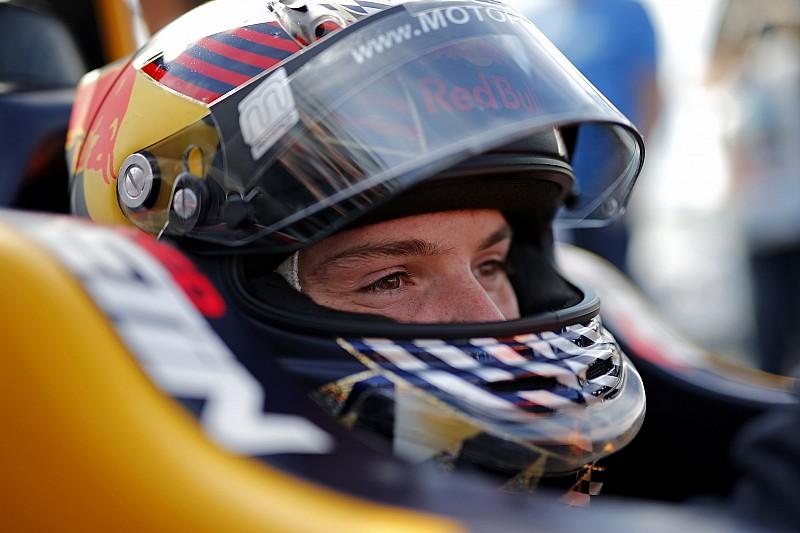 A Red Bull tehetsége 2019-re felülkerekedne a szuperlicenc problémáján