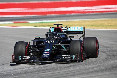 F1: Hamilton centra la 100esima pole dell'era ibrida