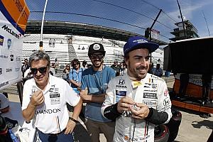 """IndyCar Noticias de última hora Alonso: """"Estoy feliz, pero definitivamente no me siento cómodo"""""""