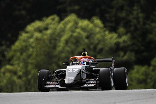 Steiermark W Series: Powell tüm yarışı lider götürerek kazandı
