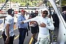 Hamilton: lehet, ma este találkozni fogok Ricciardóval