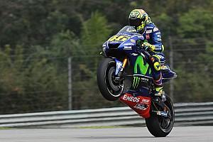 MotoGP Prove libere Sepang, Libere 3: Valentino si porta in vetta, Dovizioso è quarto