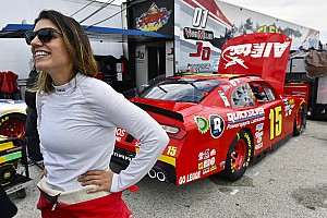 Ex-DTM-Pilotin Katherine Legge: Jede Menge Spaß im NASCAR