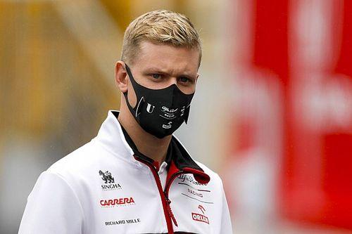Ecclestone: Nem szabad túl sokat várni Mick Schumachertől…