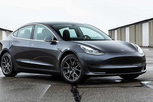 Tesla установила рекорд для электрокаров в гонке «Пушечное ядро»