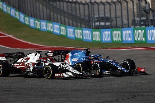 """Hill: """"Alonso, kurallardaki sınırları zorluyor gibiydi"""""""