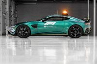 أستون مارتن تكشف سيارة الأمان الجديدة للفورمولا واحد لموسم 2021