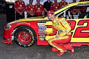 NASCAR Cup Qualifiche Joey Logano regola Blaney. A Phoenix è doppietta Ford