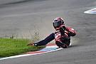 In beeld: Stefan Bradl crasht tijdens WSBK-training Lausitzring