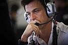 F1 Wolff prefiere escuchar a Vettel antes de juzgar su comportamiento