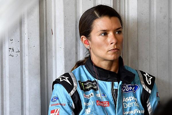 Danica Patrick perde lugar na Stewart-Haas em 2018