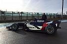 FIA F2 Nieuwe Formule 2-wagens rijden eerste meters op Magny-Cours