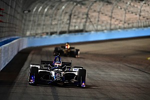 IndyCar Test Takuma Sato e Will Power ancora al top nei test di Phoenix